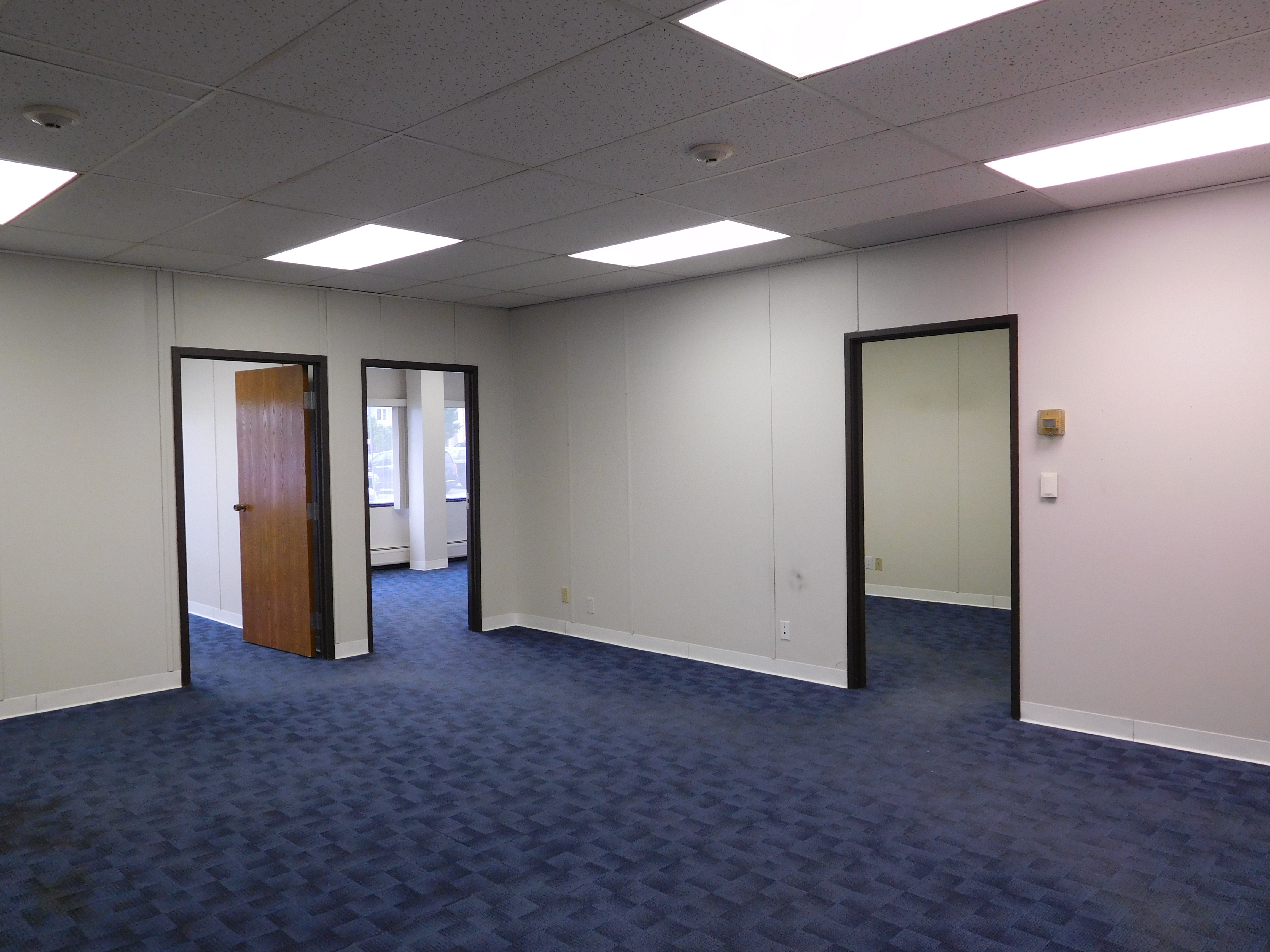 Glass Wall In Office · Blue Floor Office Spaces ...